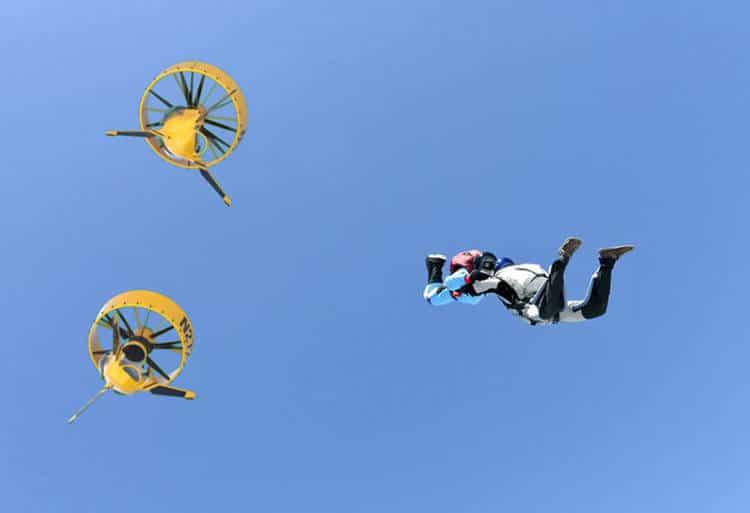 Le BackPack Helicopter est réellement mi-drone mi-hélicoptère