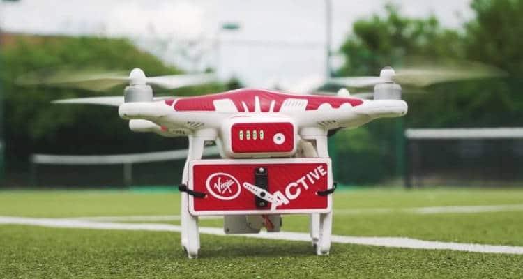 Drone-ovic : un entraîneur de tennis pour jouer comme Djokovic!