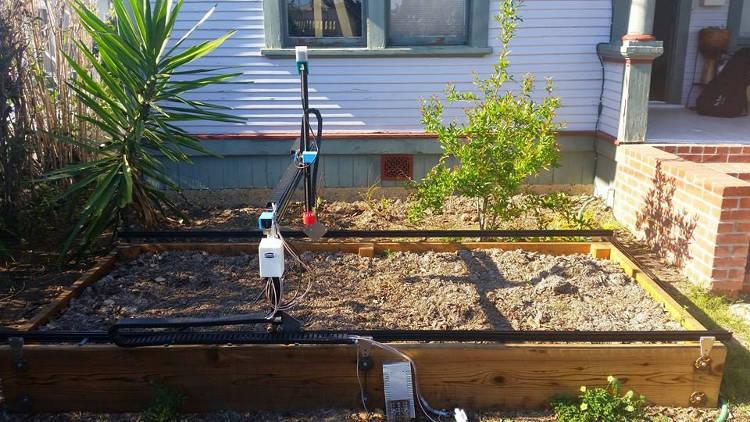 Le robot jardinier FarmBot est disponible en open source
