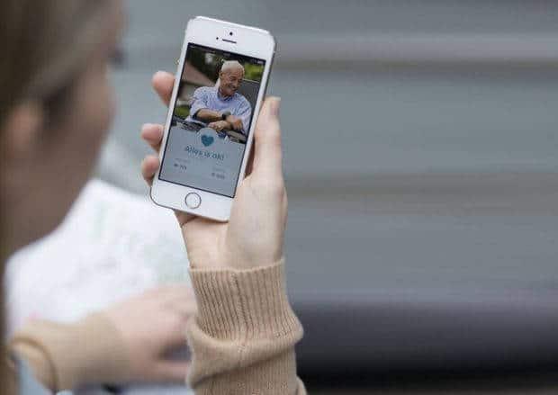 L'objet connecté zembro donne l'alerte et fait office de téléphone d'urgence