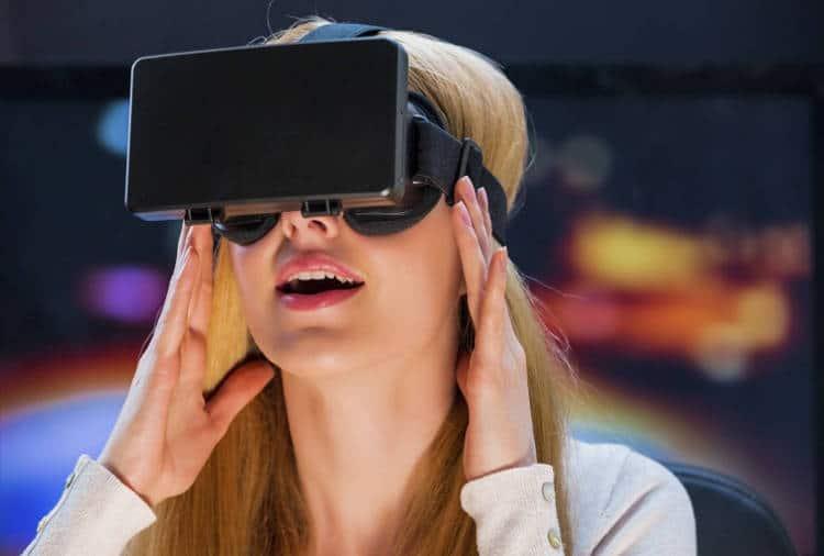 La réalité virtuelle pour développer l'empathie: dans la peau de …
