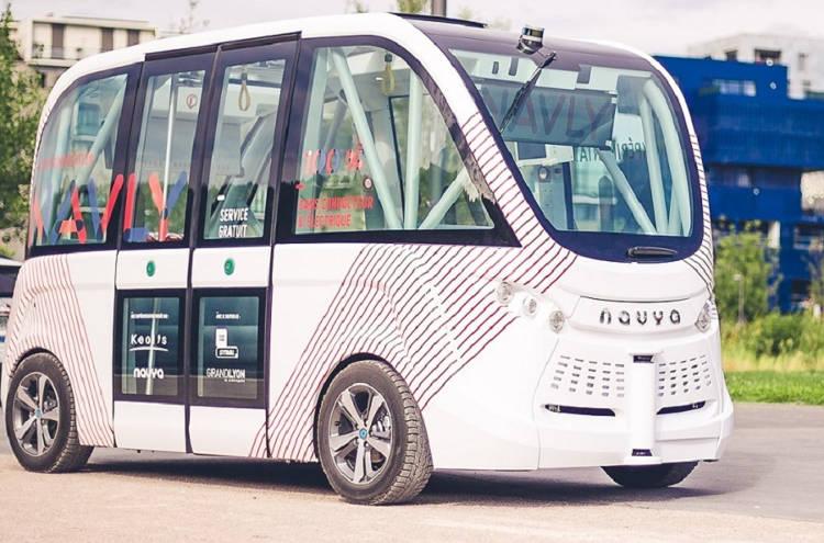 véhicule autonome Navya Les Français au top pour le CES Las Vegas 2017 !