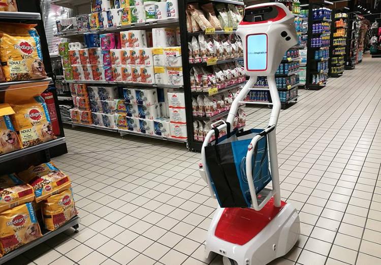 Faire ses courses ou son jogging accompagné de son robot chariot: et pourquoi pas?