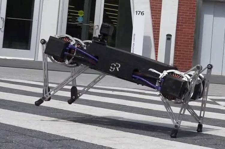 Ghost Robotics et son robot chien «Ghost Minitaur» concurrent de Boston Dynamics