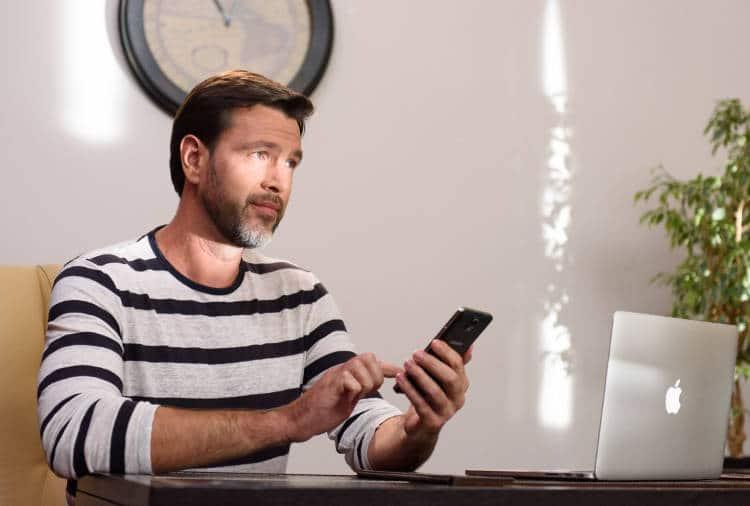 Des stores intelligents contrôlables sur Smartphone