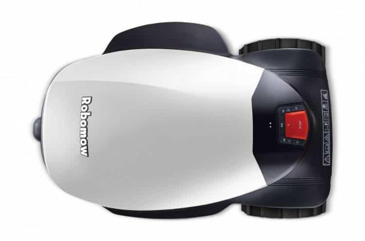 Le robot tondeuse City MC 1200, la version haut de gamme de la marque Robomow