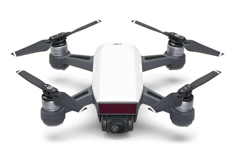 quel drone cam ra acheter comment choisir un mod le adapt et pas trop cher. Black Bedroom Furniture Sets. Home Design Ideas