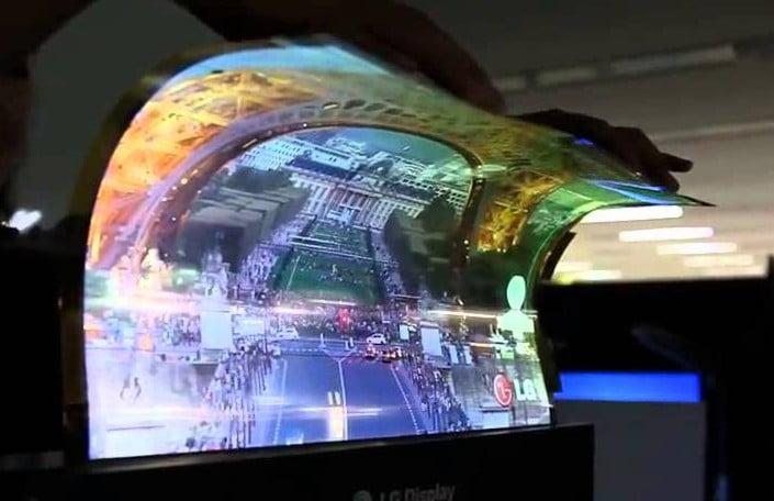 Un téléviseur « flexible » de la marque LG a impressionné au CES Las Vegas