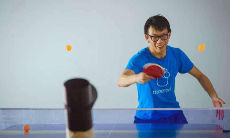 TrainerBot: le mini robot connecté pour vous entraîner au ping-pong