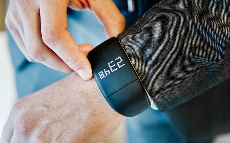 Zembro: une montre connectée pour protéger vos proches