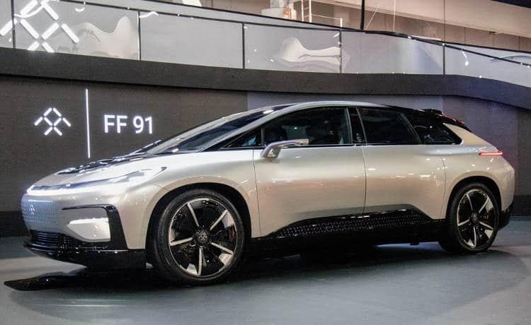 Faraday Future: le véhicule autonome plus puissant qu'une Ferrari concurrence la Tesla Model S