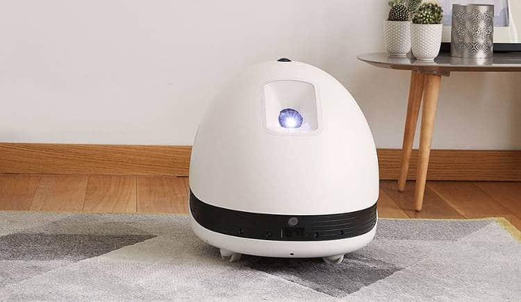Keecker, le robot de compagnie pour regarder Netflix en grand format (et plein d'autres usages !)